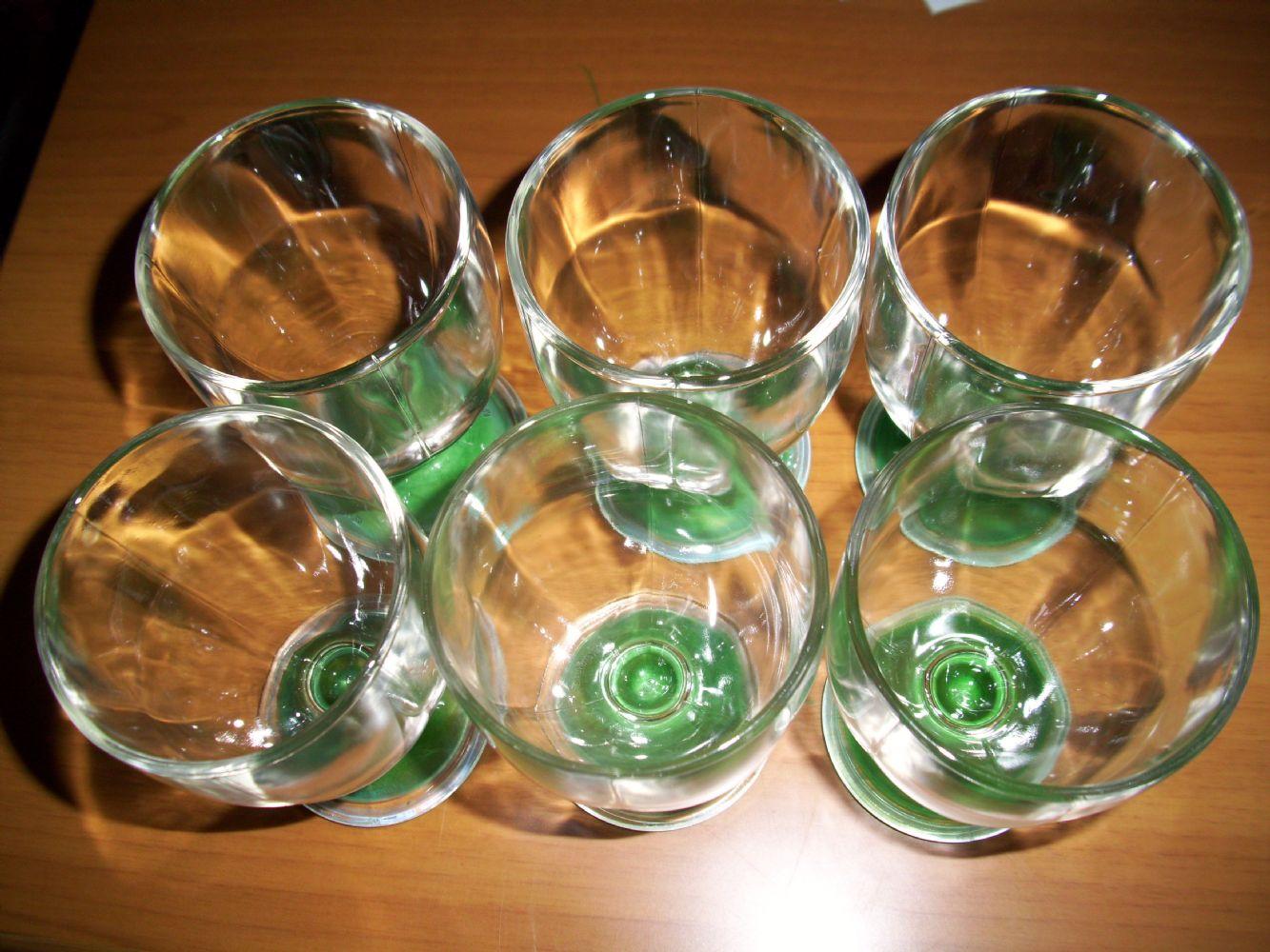 Baratto scambio bicchieri da tavola un po di tutto a - Disposizione bicchieri in tavola ...