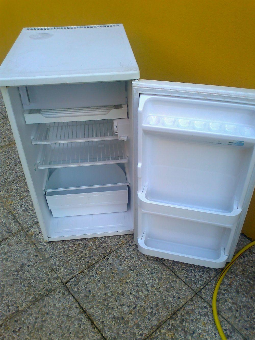 Baratto scambio frigorifero arredamento esterno a for Arredamento esterno usato