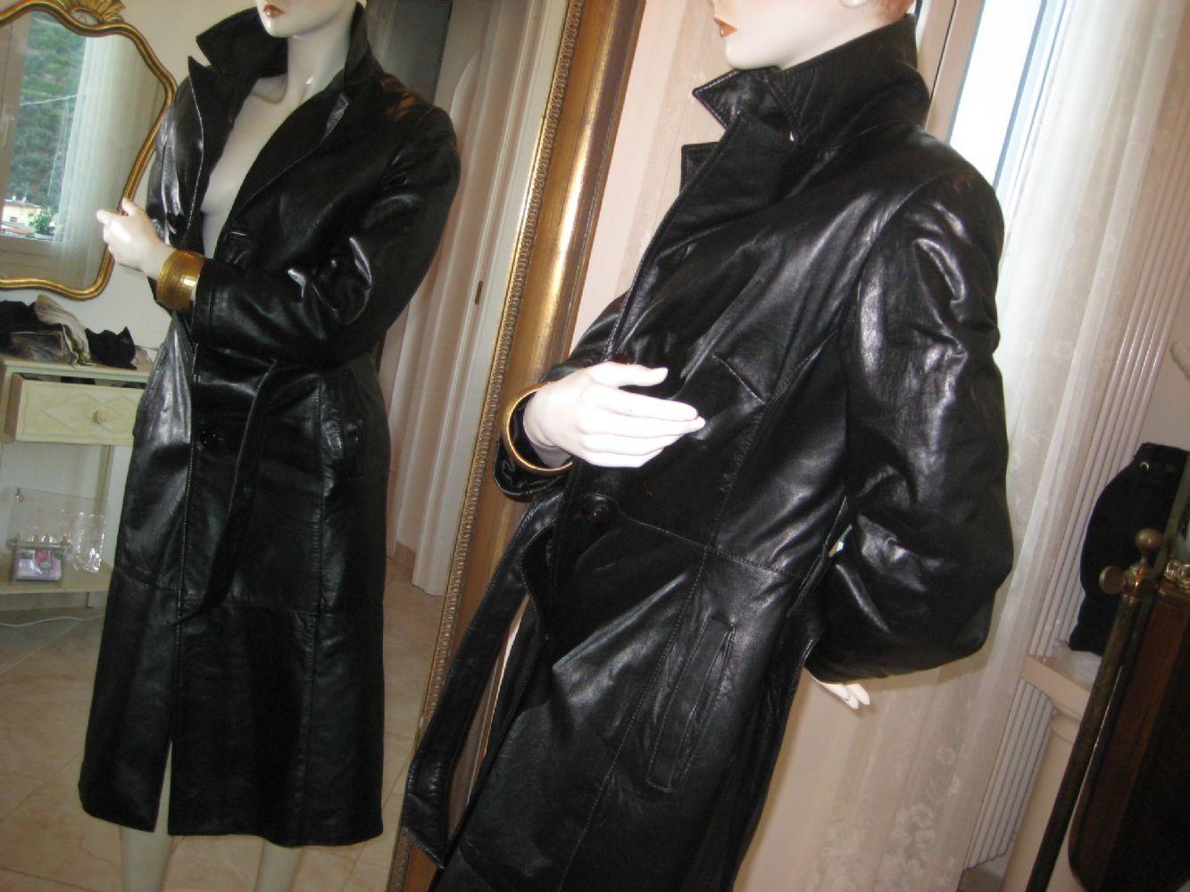 Trench nero di vera pelle. scambiato. Categoria  Abbigliamento   Abbigliamento  donna cad4b86d61c1