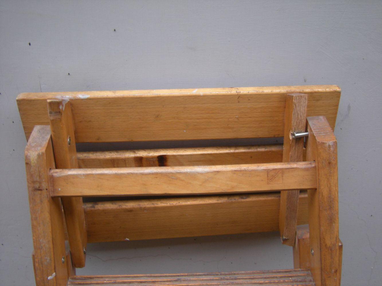 Scaletta In Legno Pieghevole : Baratto scambio: scaletta in legno pieghevole [ arredamento esterno