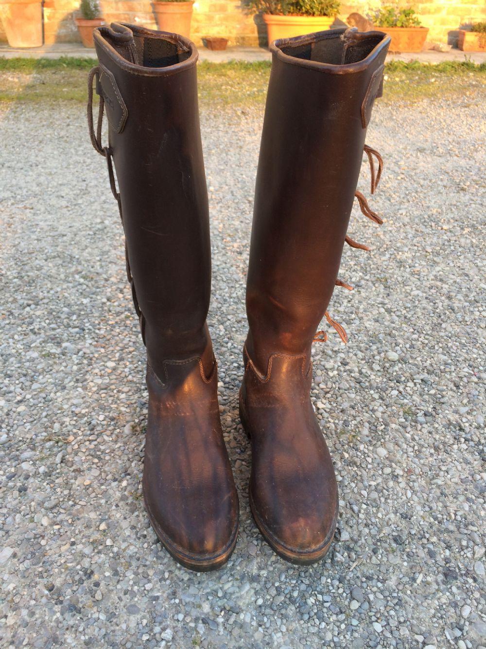 Stivali da equitazione usati, scarpe da equitazione usate