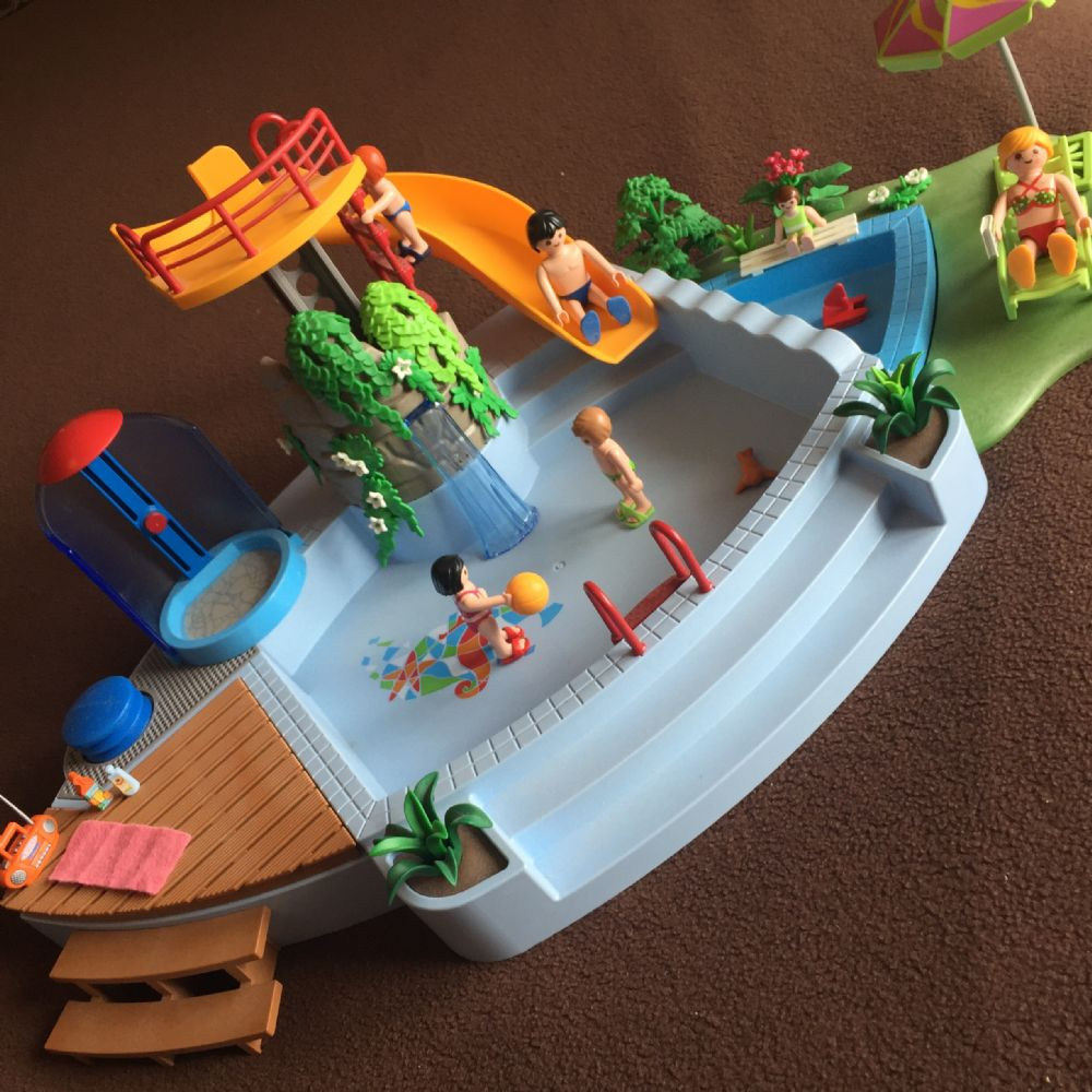 Baratto scambio playmobil vera piscina scivolo bimbi for Piscina playmobil