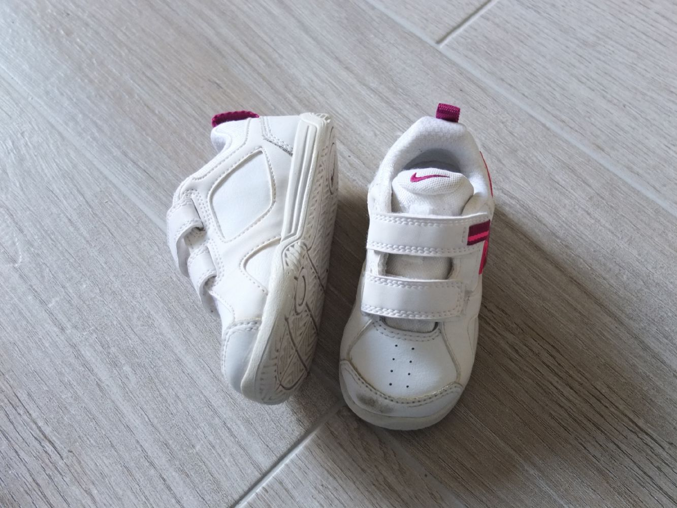 scarpe nike bimba 22