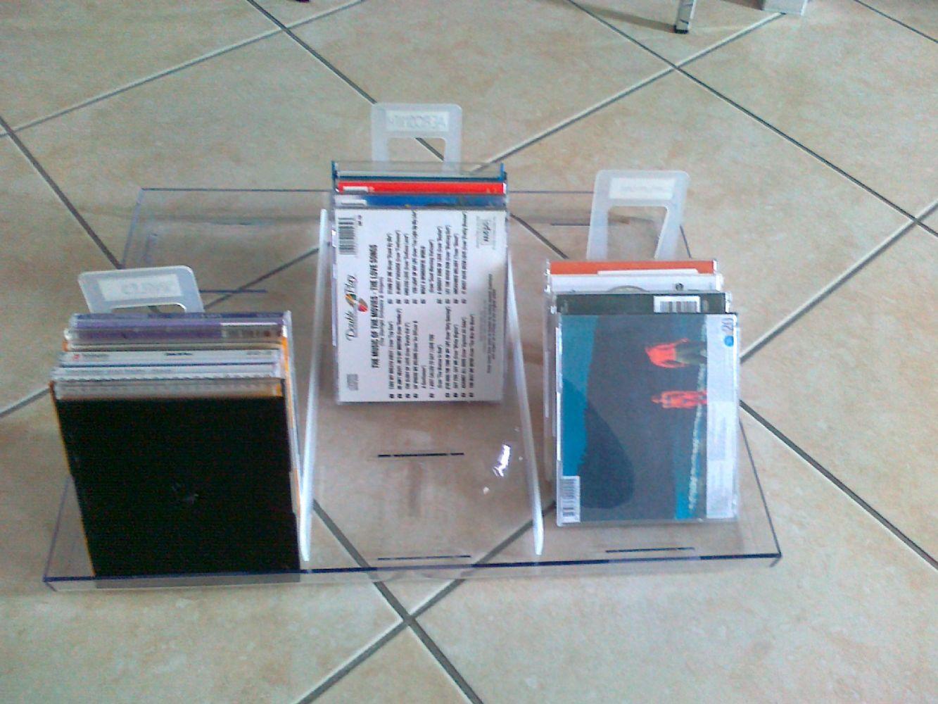 Baratto scambio ikea porta cd dvd arredamento - Porta decoder ikea ...