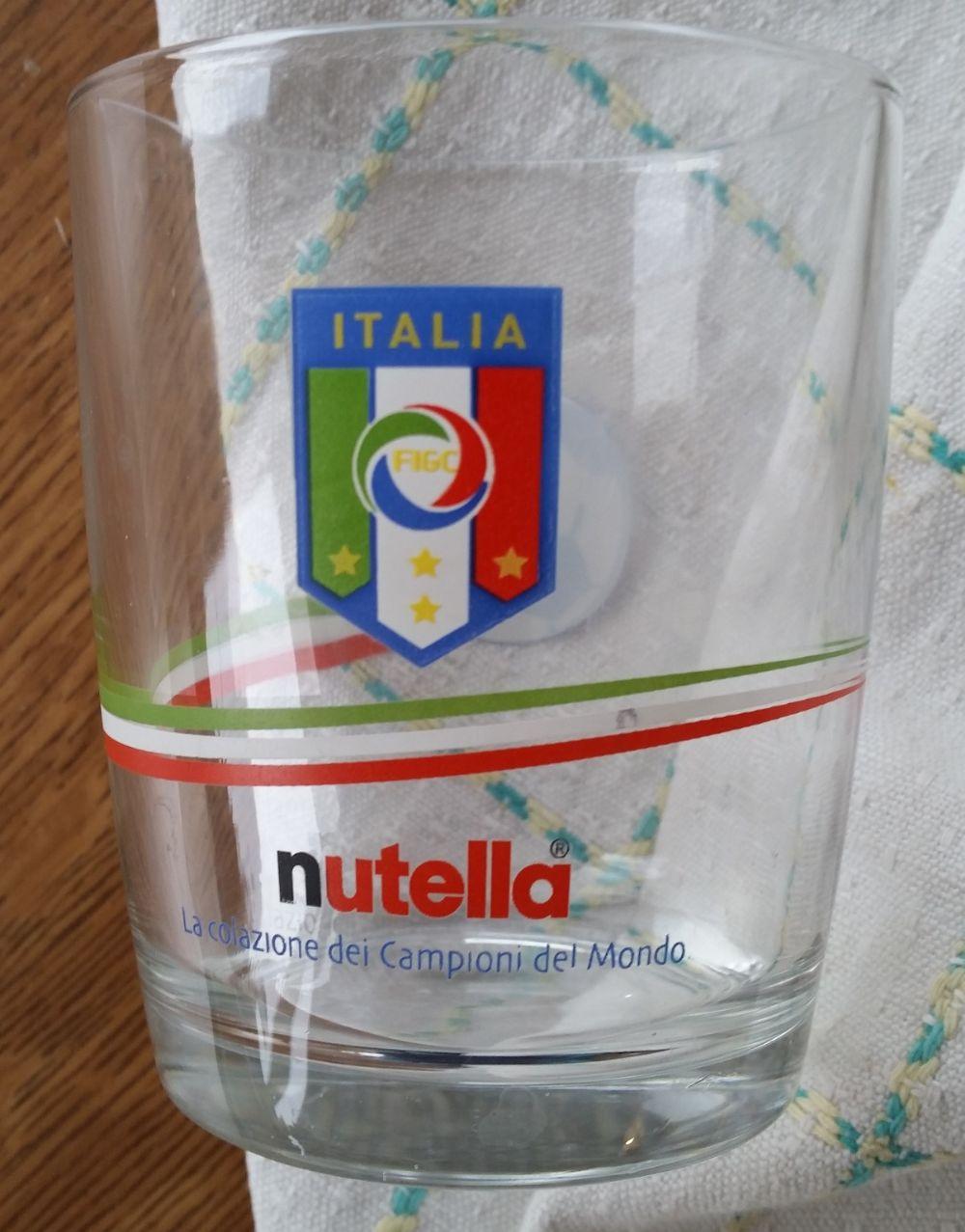 a2269967b2 Bicchieri Nutella collezioni 3. scambiato. Categoria: Collezionismo e  antiquariato / Collezionismo