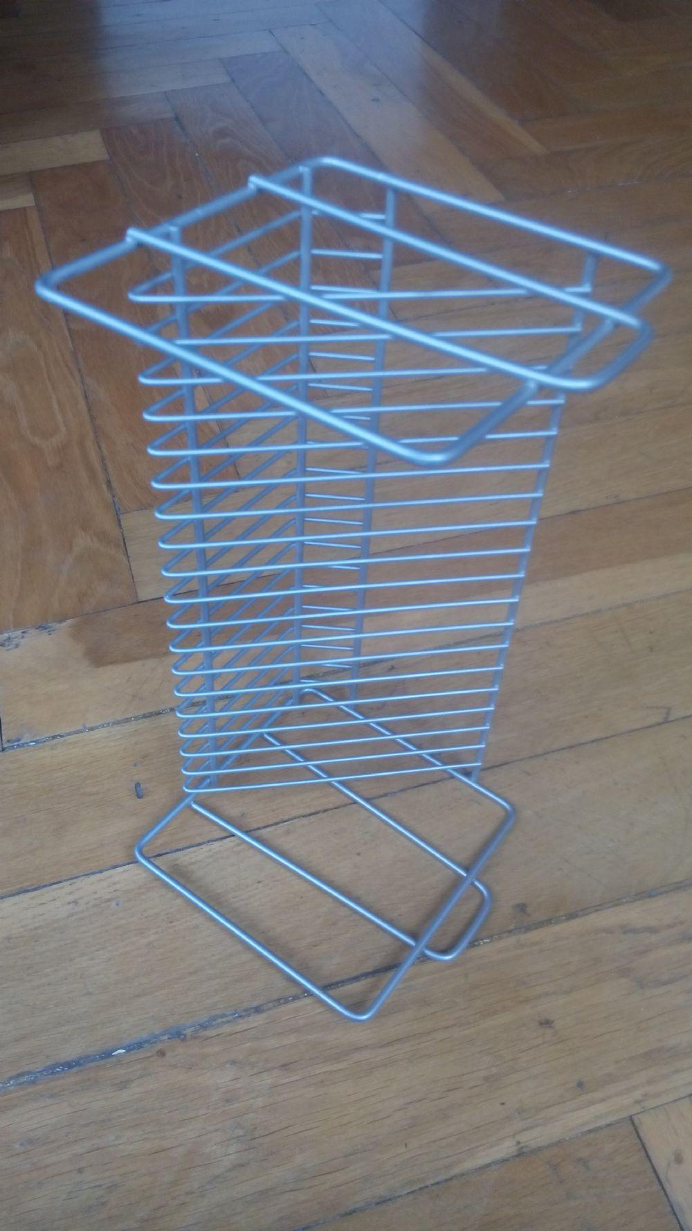 Mensole Porta Cd Ikea.Baratto Scambio Porta Cd Ikea Color Argent Arredamento