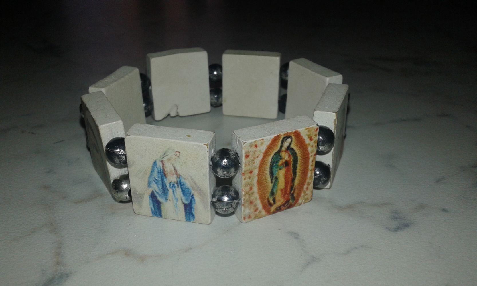 Baratto scambio regalo bracciale santi un po di tutto for Regalo oggetti usati