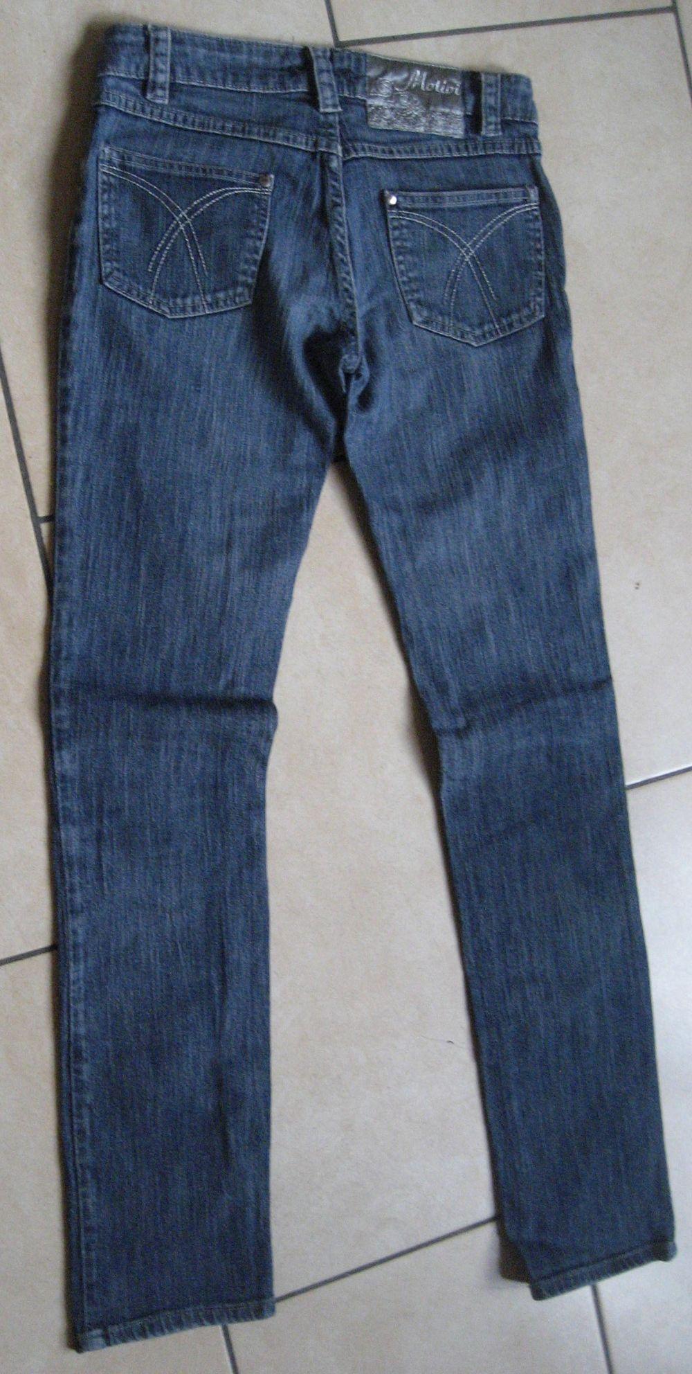 Descrizione jeans Motivi vestono una taglia 40 foto 3 il dietro vita bassa  ben tenuti come in foto 0c3a5055dbe4