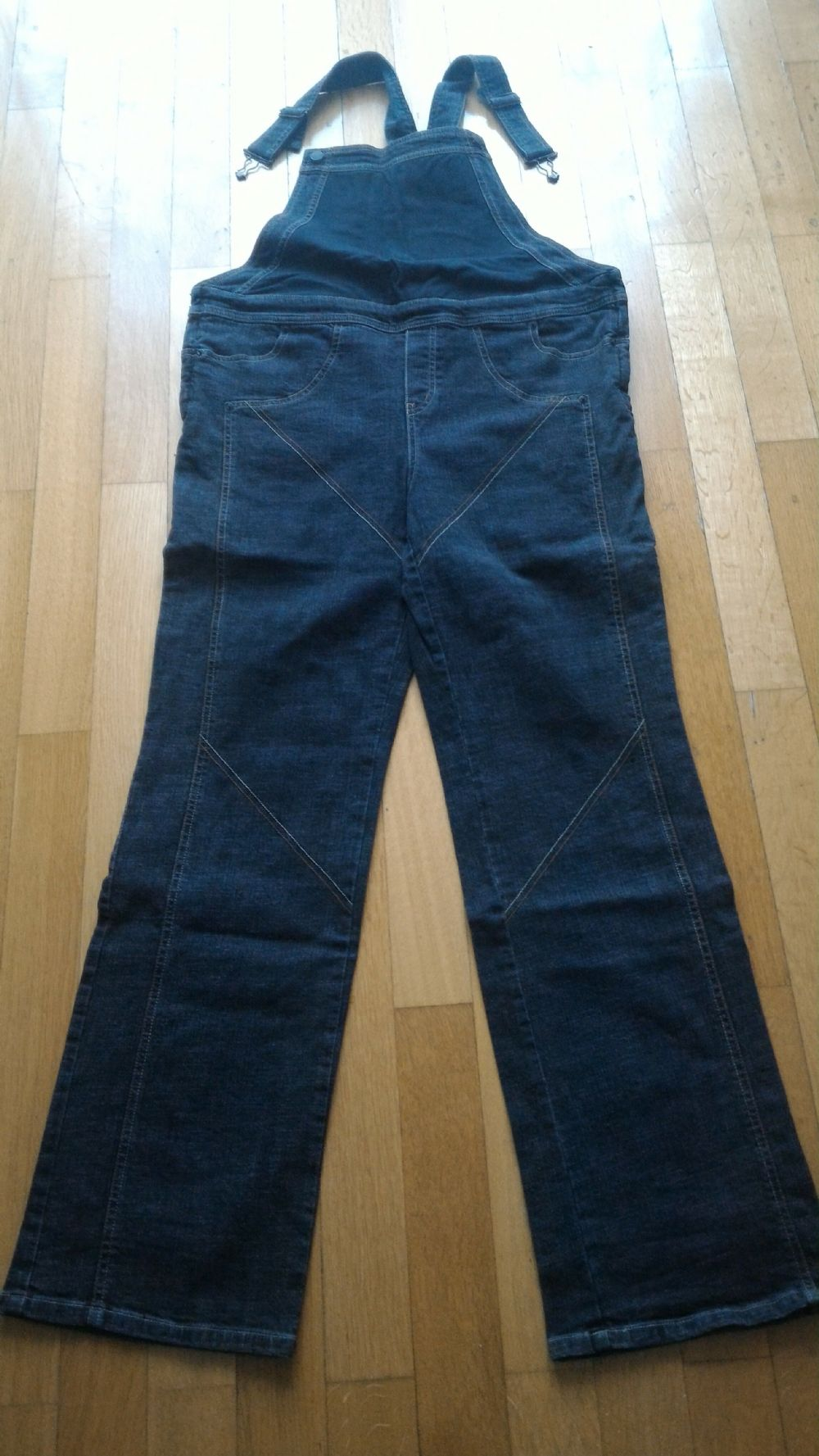 a81b4e55f9c0 Baratto Scambio  Salopette jeans premaman   Abbigliamento ...